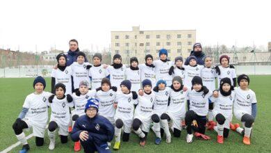 """Photo of """"Миша, мы с тобой! Выздоравливай!"""": КС-2010 вышли на матч в майках в поддержку своего травмированного вратаря"""